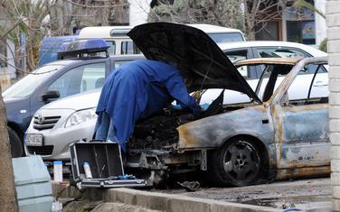 Zapaljen automobil koji su koristili napadači