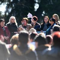 Sa protesta ispred Skupštine