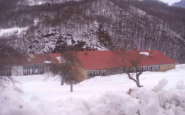 Škola u Dragovića Polju