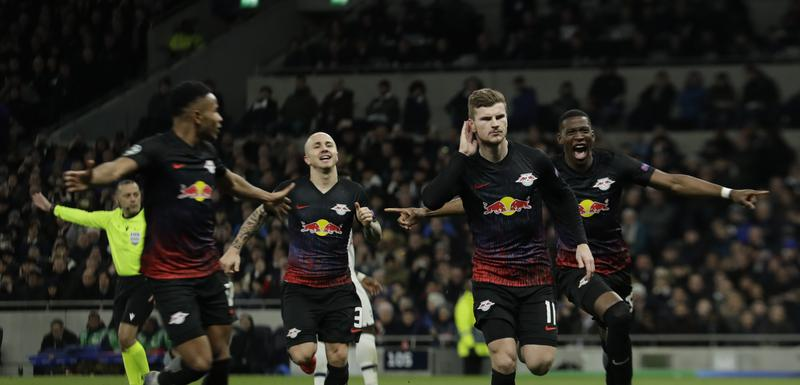 Timo Verner slavi gol u Londonu