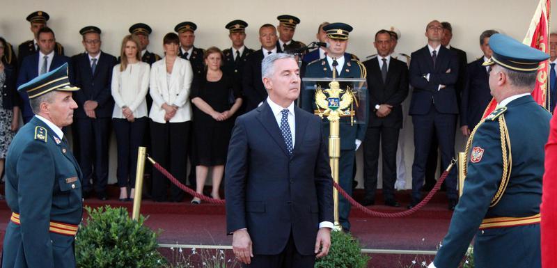 Primopredaja dužnosti načelnika Generalstaba (arhiva): Ilija Daković, Milo Đukanović i Dragutin Dakić
