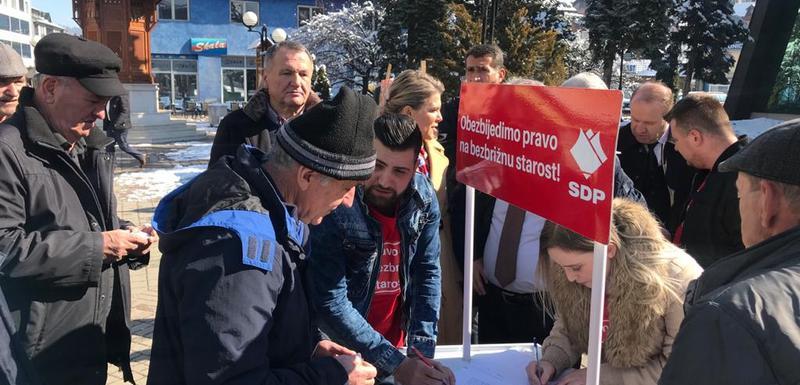 Građani potpisuju peticiju