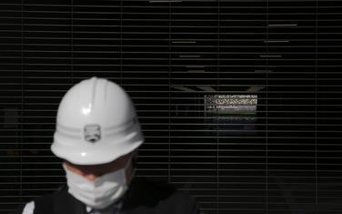 Radnik na Olimpijskom stadionu u Tokiju
