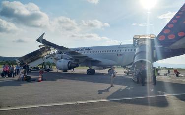 Sa aerodroma u Tivtu (arhiva)