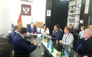 Ministar zdravlja u posjeti bjelopoljskoj bolnici: Kenan Hrapović