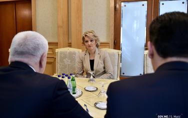 """Izvršna direktorica """"Vijesti"""" na sastanku kod premijera Markovića"""