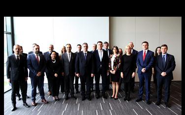 Učesnici sastanka
