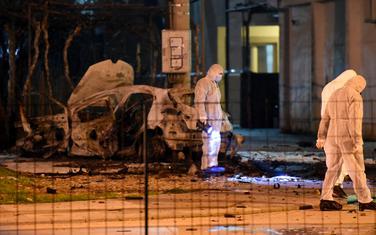 Uviđaj nakon eksplozije u Bloku V (Ilustracija)