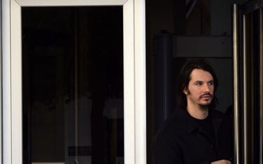 Miloš Marović izlazi iz zgrade Specijalnog tužilastva