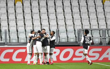 Fudbaleri Juventusa svale gol Ramzija