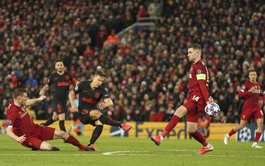 Ljorente postiže gol za 2:1 koji je okrenuo sve