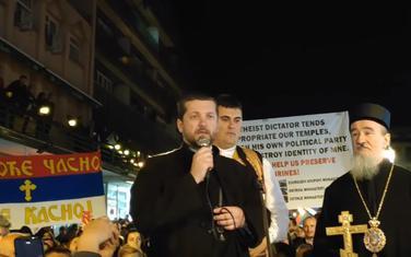 Perović govori na litiji