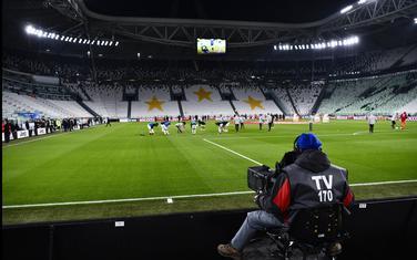 Uefa je preporučila Savezima da završe prvenstva do kraja juna, to znači da bi morala da krenu početkom maja