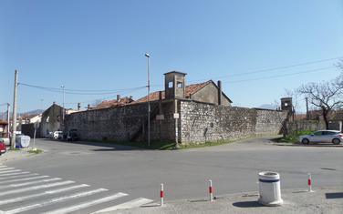 Bivša tamnica Jusovača, Podgorica - pogled u pravcu istoka