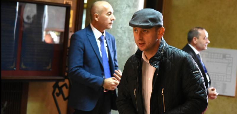 U DF-u tvrde da je Skupština uzela oko 5.000 eura od Kneževićeve plate