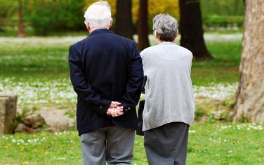 Penzionerima sa najnižim primanjima država pomogla sa po 50 eura