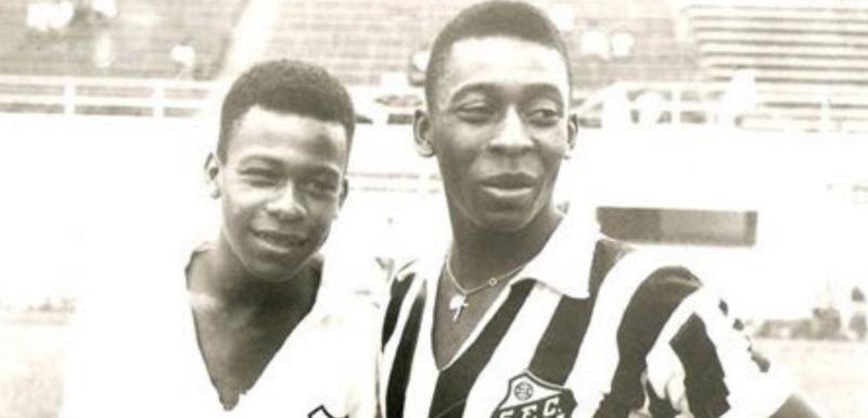 Zoka i Pele dok su igrali u Santosu