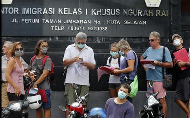 Turisti čekaju produžavanje viza u Indoneziji
