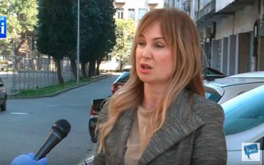 Marina Medojević daje izjavu Mišiću