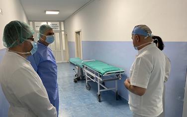 Hrapović u obilasku barske bolnice