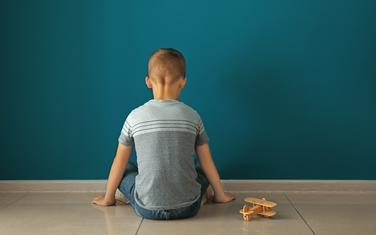 Za one koji imaju pravo da budu s djecom, pune plate za odsustvo od poslodavca (ilustracija)