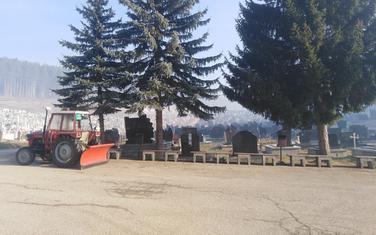 Groblje Ravni kojim gazduju Komunalne usluge