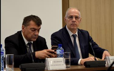 :Radonjić (desno) sa sadašnim v.d. Savom Milašinovićem