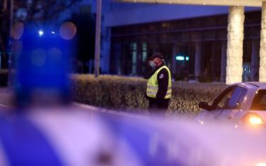 Policija kontroliše poštovanje mjera NKT-