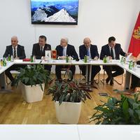 Sa sastanaka Vlade sa rukovodstvom ZO u decembru 2019.