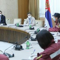 Premijerka Srbije, Ana Brnabić, sa kineskim ljekarima