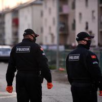 Policija u naselju Vrela Ribnička