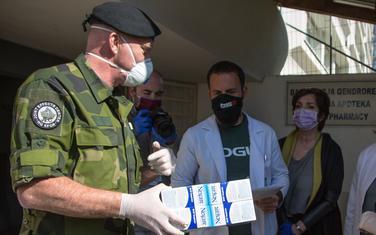 KFOR donirao opremu za bolnice u Prištini i Gračanici