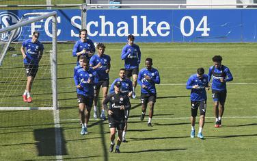 Fudbaleri Šalkea na treningu