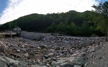 Nizvodno od brane
