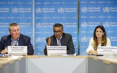 Rajan, šef SZO Tedros Adhanom Gebrejezus i Marija van Kerkove, technički lider lzdravstvenog programa za hitne situacije u SZO